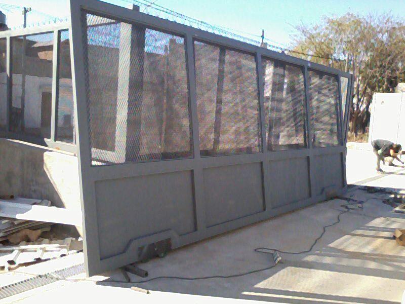 Puertas corredizas for Puertas corredizas metalicas